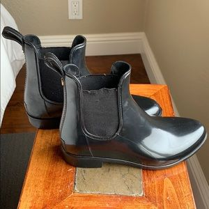 Sam Edelman ankle black rain boot, size 6